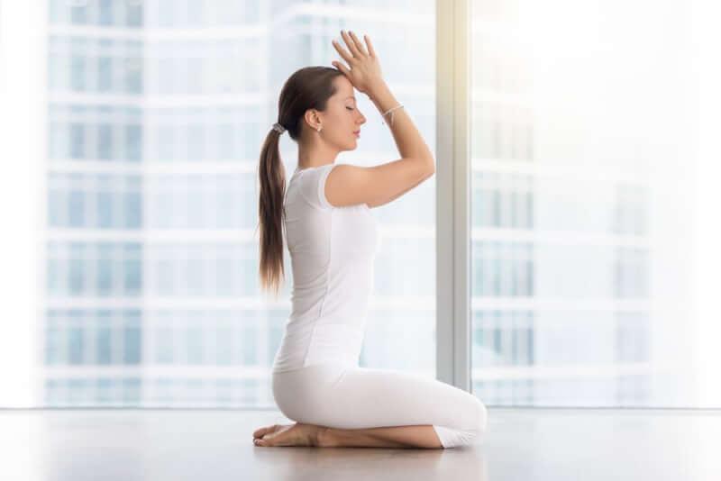 瞑想で呼吸をするときにおすすめの姿勢「正座」