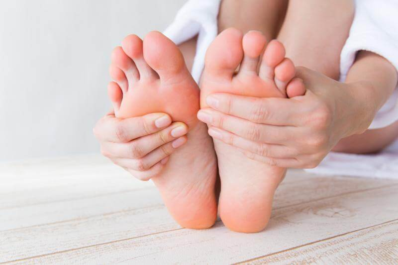 冷え性は自律神経の不調でなるから、汗もかきにくくなる症状が出やすい