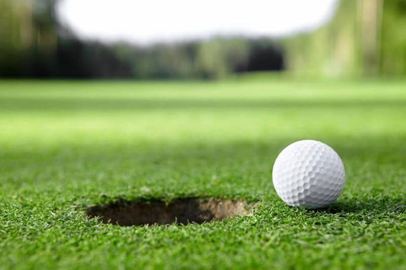 ゴルフで熱中症にならないためにもホットヨガは効果的