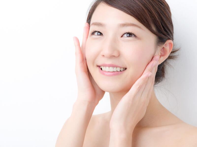 汗をかき過ぎるくらいホットヨガをするとヒドロキシラジカルが排出されて、肌のハリツヤが改善できる