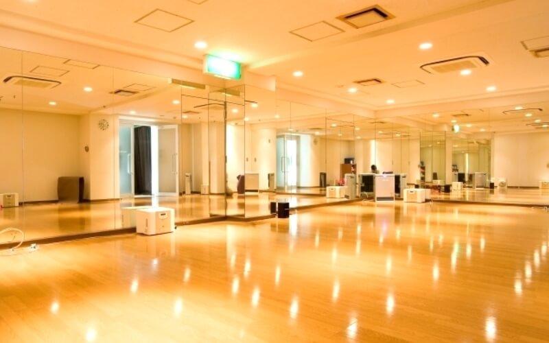 ホットヨガスタジオLAVA池袋東口店のスタジオ